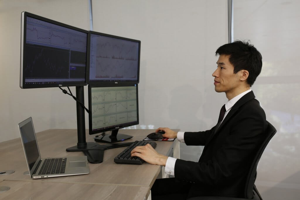 Man checking the forex signals